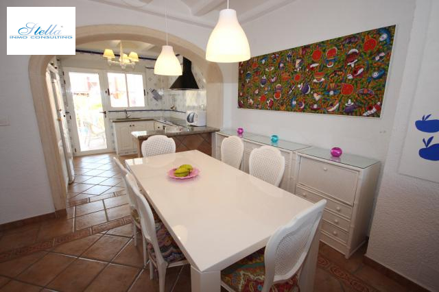 beach house in Oliva(Oliva) for sale, built area 220 m², condition neat, + stove air-condition yes, 6 bedroom, 2 bathroom, swimming-pool yes, ref.: Lo-3416-11