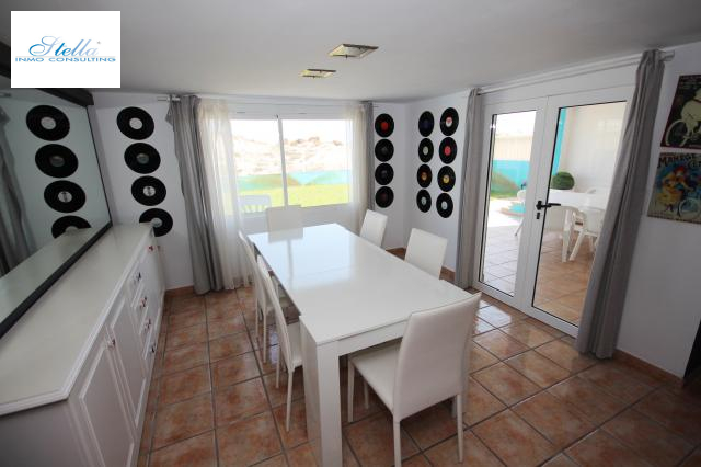 beach house in Oliva(Oliva) for sale, built area 220 m², condition neat, + stove air-condition yes, 6 bedroom, 2 bathroom, swimming-pool yes, ref.: Lo-3416-28