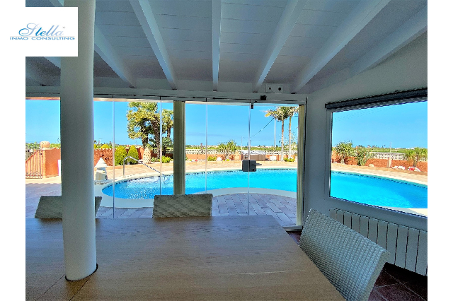 villa in Denia(Beniadla) for sale, built area 320 m², year built 1976, condition neat, + central heating air-condition yes, plot area 1600 m², 4 bedroom, 4 bathroom, swimming-pool yes, ref.: AS-0617-13