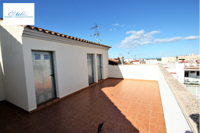 investment in Ondara(Centro) for sale, built area 758 m², year built 2012, 2 bedroom, 2 bathroom, ref.: GC-4518-22