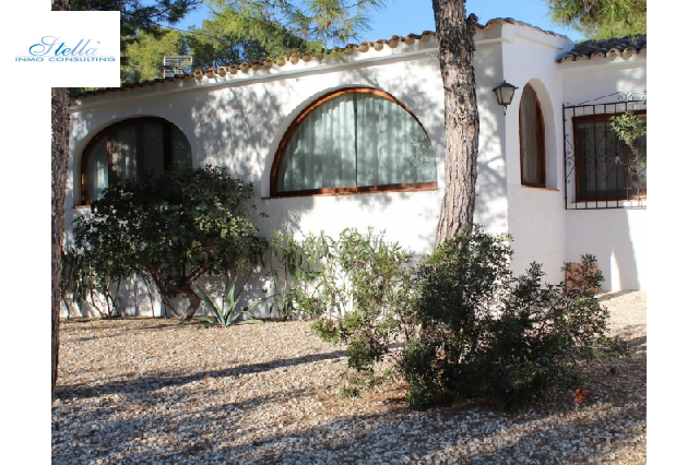 villa in Benissa(La Fustera) for sale, built area 195 m², year built 1979, + central heating air-condition yes, plot area 1052 m², 5 bedroom, 3 bathroom, swimming-pool yes, ref.: BI-BE.H-815-3