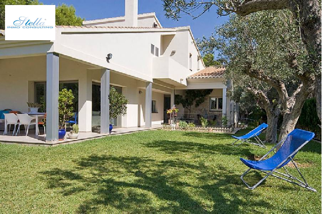 villa in Moraira(Cometa) for sale, built area 424 m², air-condition yes, plot area 1850 m², 4 bedroom, 3 bathroom, swimming-pool yes, ref.: AM-10313DA-3700-11