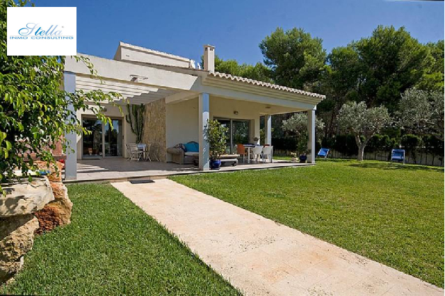 villa in Moraira(Cometa) for sale, built area 424 m², air-condition yes, plot area 1850 m², 4 bedroom, 3 bathroom, swimming-pool yes, ref.: AM-10313DA-3700-14
