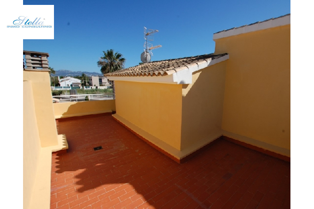 villa in Oliva for sale, built area 242 m², year built 1992, + stove air-condition yes, plot area 400 m², 4 bedroom, 3 bathroom, swimming-pool yes, ref.: O-V60114-9