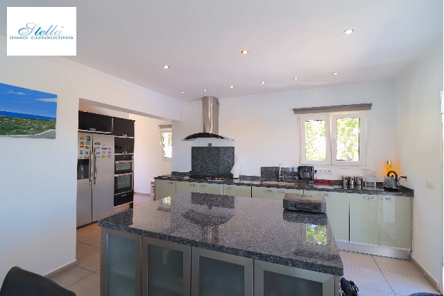 villa in Benissa for sale, built area 170 m², + central heating air-condition yes, plot area 685 m², 3 bedroom, 3 bathroom, swimming-pool yes, ref.: UH-UHM1713-7
